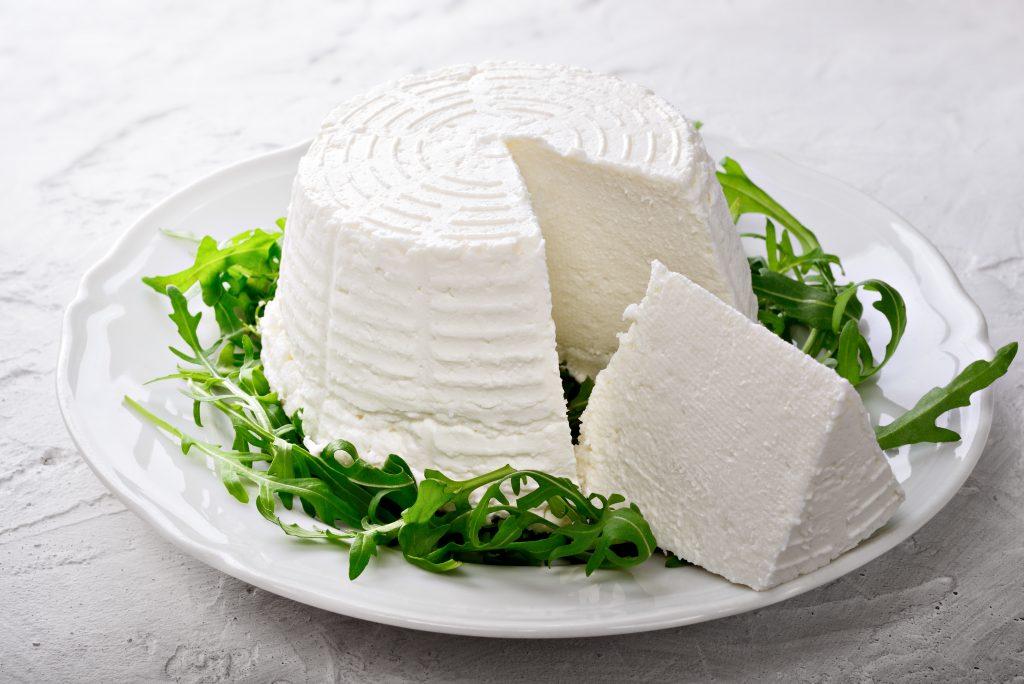włoskie sery białe ricotta