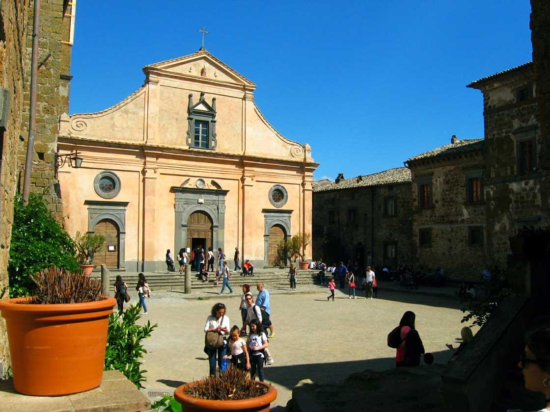 kościół Civita di Bagnoregio