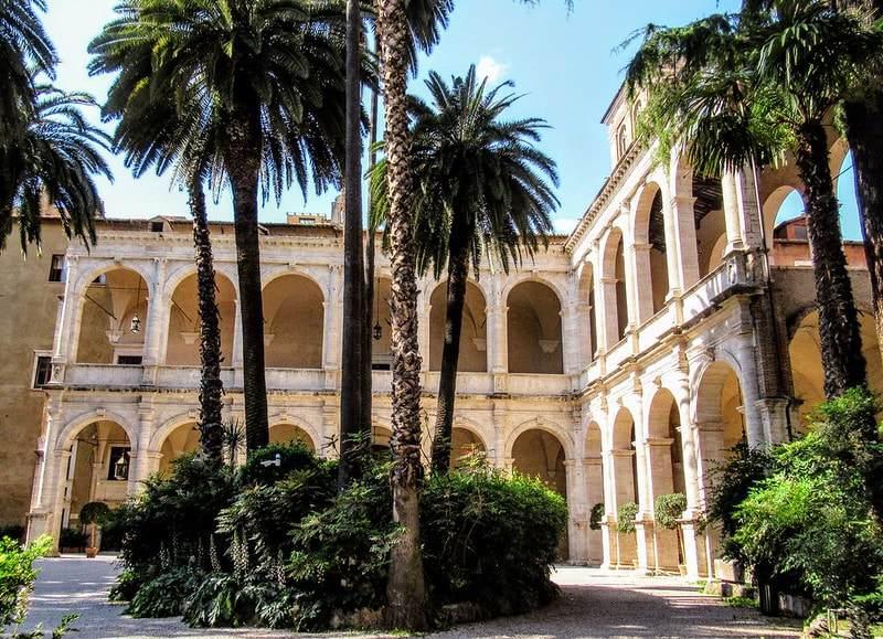 rzym ciekawe miejsca ogrod palazzo venezia